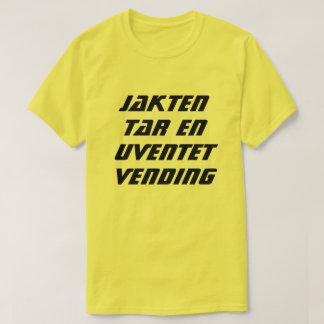 Camiseta A caça toma uma volta inesperada no norueguês