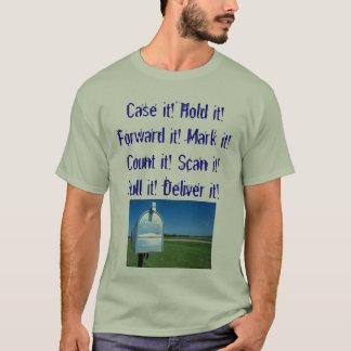 Camiseta a caixa postal, encaixota-o! Guardare-a! Envie-a!
