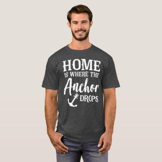 Camiseta A casa é o lugar aonde a âncora deixa cair o humor