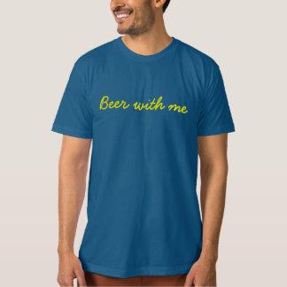 Camiseta A cerveja dos homens comigo t-shirt orgânico