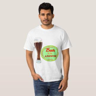 Camiseta A cerveja é a resposta