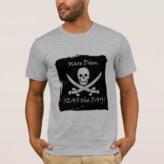 Camiseta A chalaça engraçada do pirata apreende o t-shirt