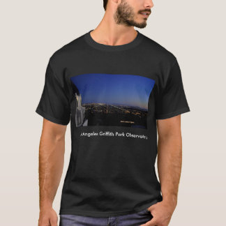 Camiseta A cidade crepuscular ilumina o obervatório