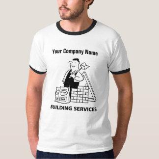 Camiseta A construção presta serviços de manutenção ao