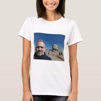 Camiseta A esfinge, montanhas de Bucegi, Romania (design