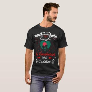 Camiseta A esposa bengali dos Snuggles mornos afaga