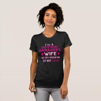 Camiseta A esposa do gestor de escritório