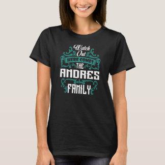 Camiseta A família de ANDRES. Aniversário do presente