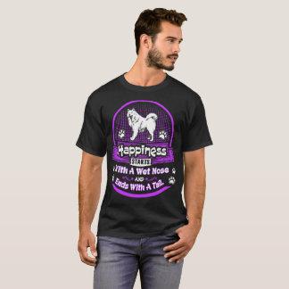 Camiseta A felicidade começa o cão molhado do Samoyed da