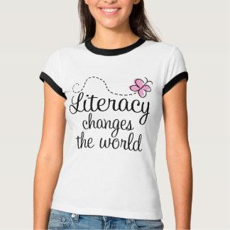 Camiseta A instrução muda o t-shirt do mundo