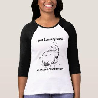 Camiseta A limpeza presta serviços de manutenção ao t-shirt