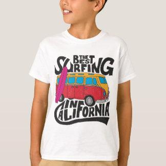 Camiseta A melhor Califórnia surfando