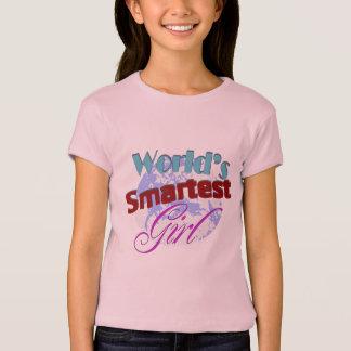 Camiseta A menina a mais esperta do mundo