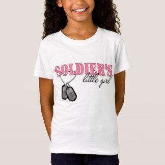 Camiseta A menina do soldado