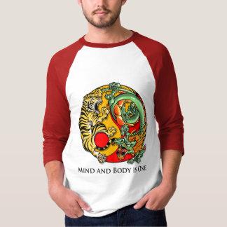 Camiseta A mente e o corpo são um