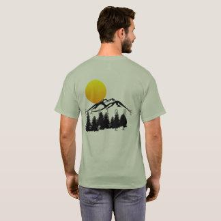 Camiseta A montanha explora o t-shirt