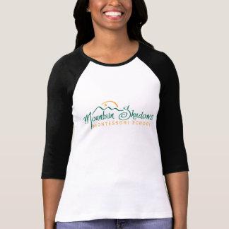 Camiseta A montanha sombreia o T do basebol das mulheres