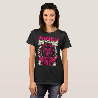 Camiseta A mulher do Aries para homens Brave o jogo com