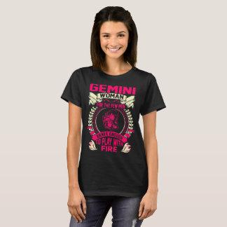 Camiseta A mulher dos Gêmeos para homens Brave o jogo com