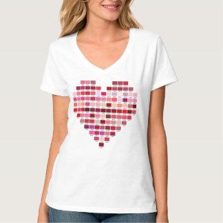 Camiseta A paleta de cores vermelha, coração deu forma a
