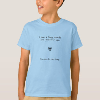Camiseta A panda minúscula acredita em você