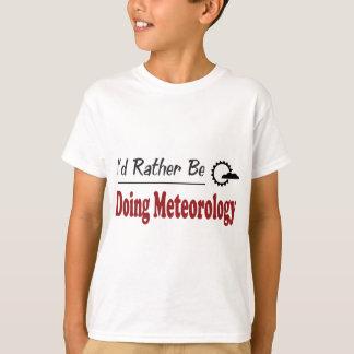 Camiseta A preferencialmente esteja fazendo a meteorologia