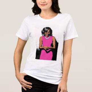 Camiseta A primeira senhora por Jesse Raudales