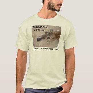 Camiseta A resistência é inútil. (V. 2 para o roupa leve)