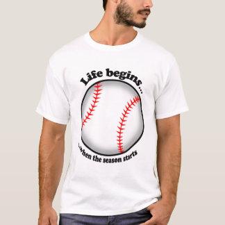 Camiseta A vida começa com o basebol