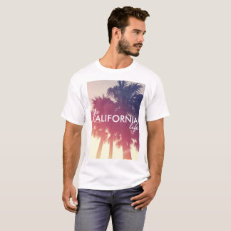 Camiseta A vida de Califórnia - tema da palmeira do vintage