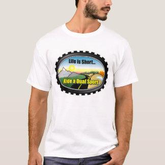 Camiseta A vida é curta. Monte uma motocicleta dupla do