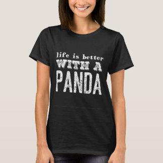 Camiseta A vida é melhor com uma panda