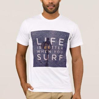 Camiseta A VIDA É MELHOR QUANDO VOCÊ SURFA - Opal profundo