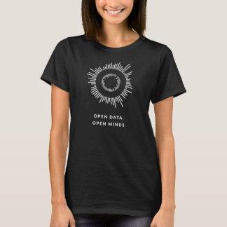 Camiseta Abra dados, mentes abertas - enegreça, mulheres