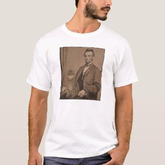 "Camiseta Abraham Lincoln e seu gato ""Gloria """