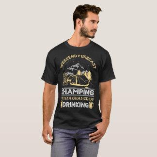 Camiseta Acampamento previsto fim de semana com uma