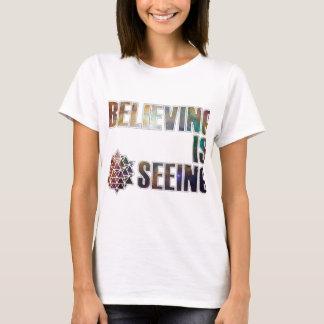 Camiseta Acreditar está considerando