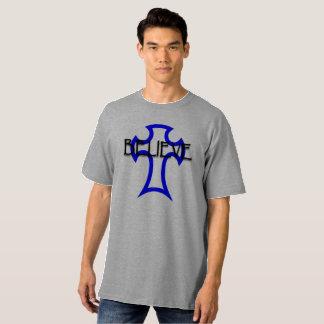 Camiseta acredite no deus alto