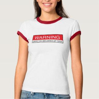 Camiseta Advertência sob a influência dos gêmeos