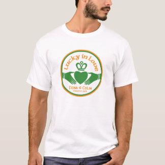 Camiseta Afortunado no Dia de São Patrício irlandês do amor