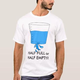 Camiseta água, MEIO CHEIO ou MEIO VAZIO?