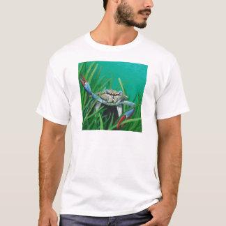 Camiseta Ahoy encontra o caranguejo inferior do mar da água