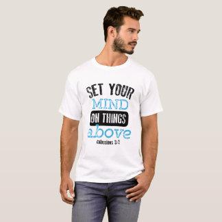 Camiseta Ajuste sua mente em coisas acima