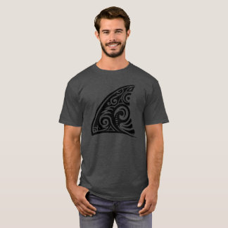 Camiseta Aleta tribal do tubarão da arte