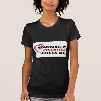 Camiseta Alguém em Coquitlam ama-me
