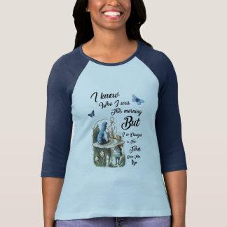 Camiseta Alice na arte do dicionário do vintage das