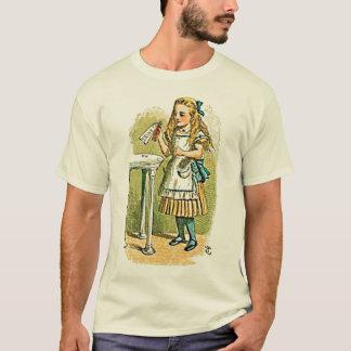 "Camiseta Alice no país das maravilhas ""bebe-me"" t-shirt"