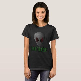 Camiseta Alienígena do t-shirt das mulheres na base de