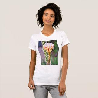Camiseta alternativa do pescoço de grupo das