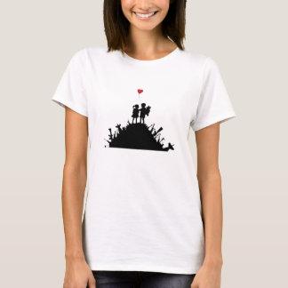 Camiseta Amantes em uma estadia perigosa